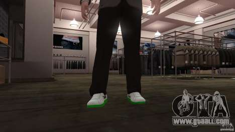 Lacoste runners for GTA 4 second screenshot
