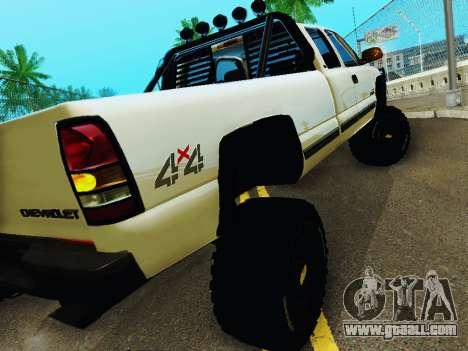 Chevrolet Silverado 2500HD 2001 for GTA San Andreas right view