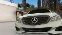 Mercedes-Benz W212 AMG v2.0 for GTA San Andreas