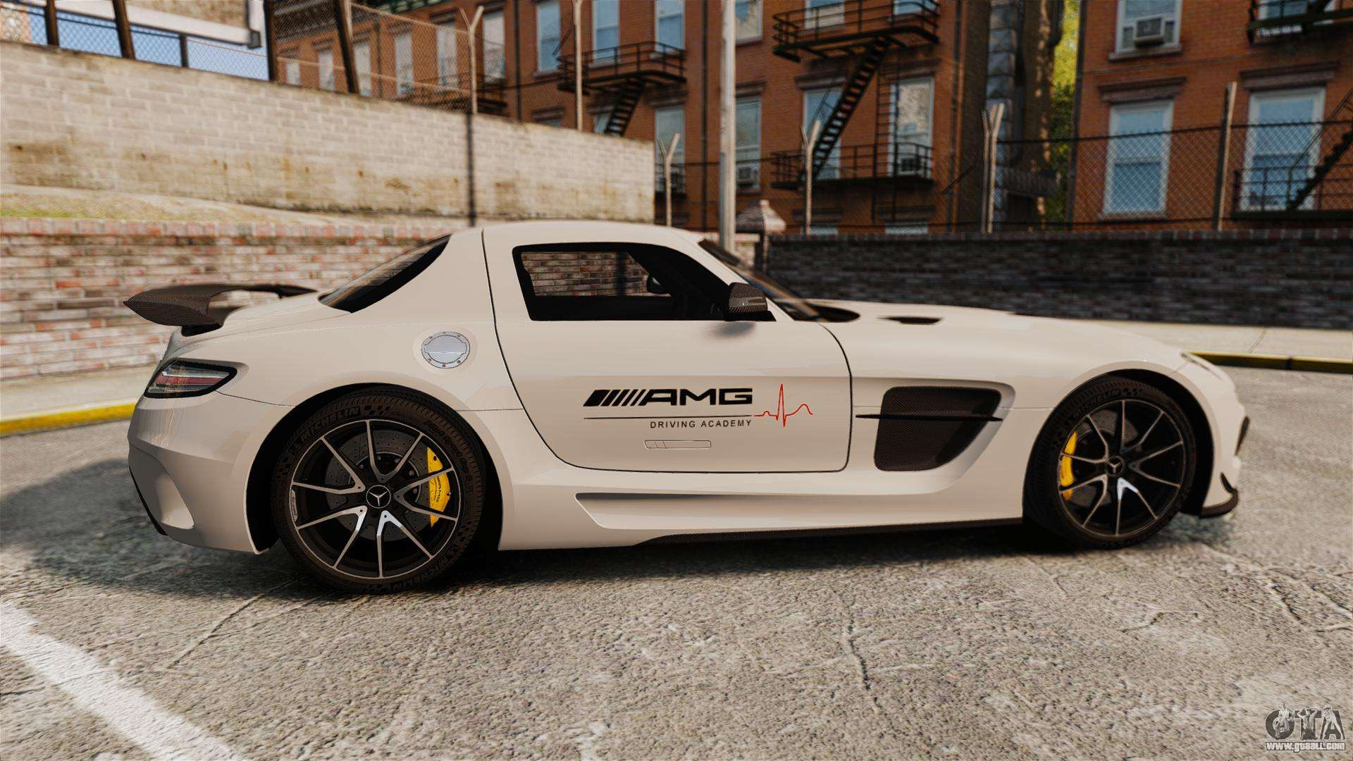 Mercedes benz sls 2014 amg driving academy v1 0 for gta 4 for Mercedes benz academy