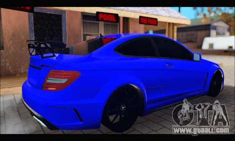 Mercedes-Benz C63 AMG for GTA San Andreas right view