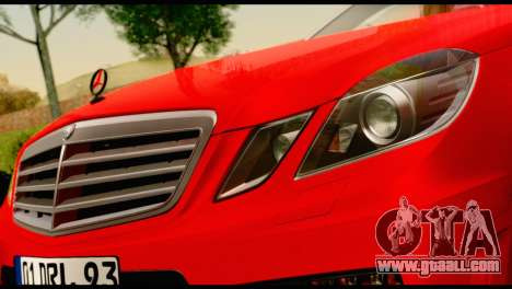 Mercedes-Benz E250 for GTA San Andreas right view