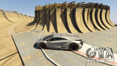 GTA 5 Maze Bank Mega Spiral Ramp second screenshot