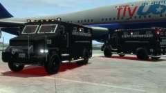 International 4000-Series SWAT Van