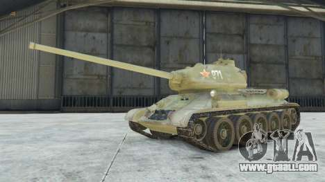 GTA 5 T-34-85 right side view