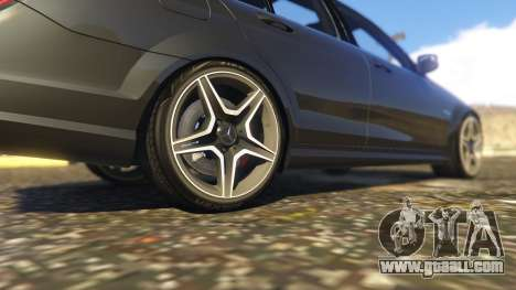 GTA 5 Mercedes-Benz C63 AMG W204 2014 rear right side view