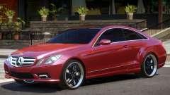 Mercedes Benz E500 V1.0 for GTA 4
